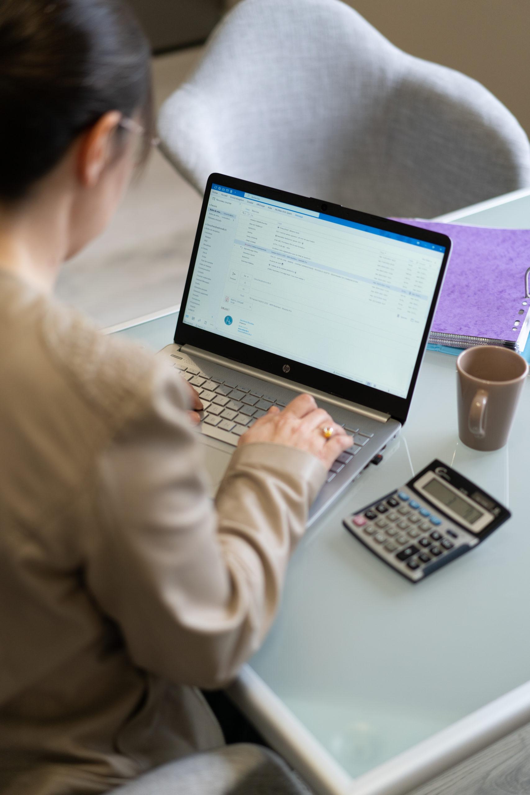 Mails café calculatrice